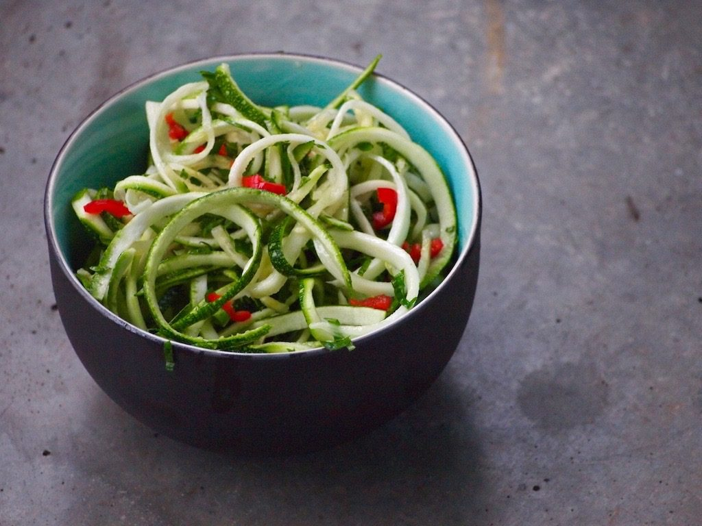 Frisse Courgette Salade met pit