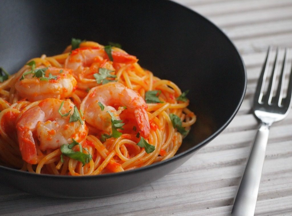 Snelle pittige pastasaus zonder tomaat!