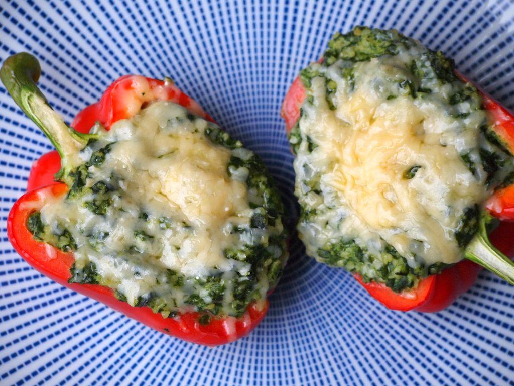 Gevulde paprika met spinazie, Boursin & bulgur
