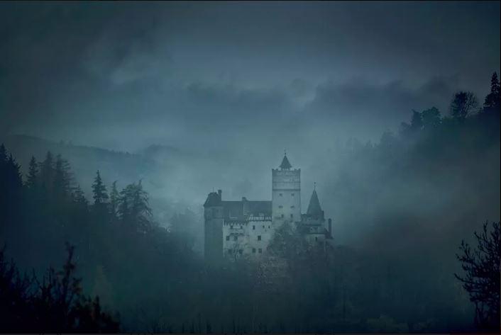 Zou jij durven logeren in het kasteel van Dracula?