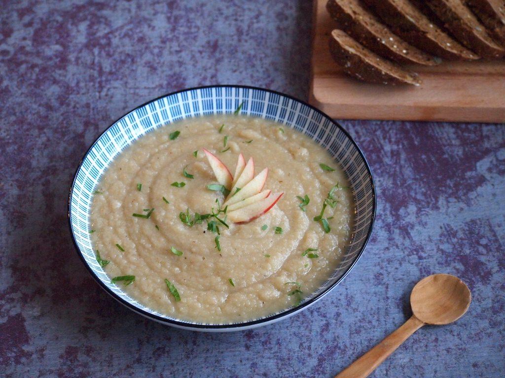 Knolselderij soep; lekker gezond en snel!