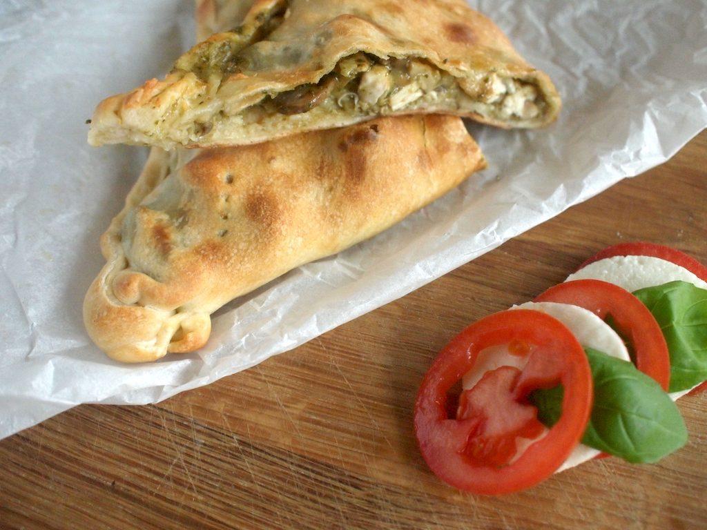 Kip-Pesto Calzone