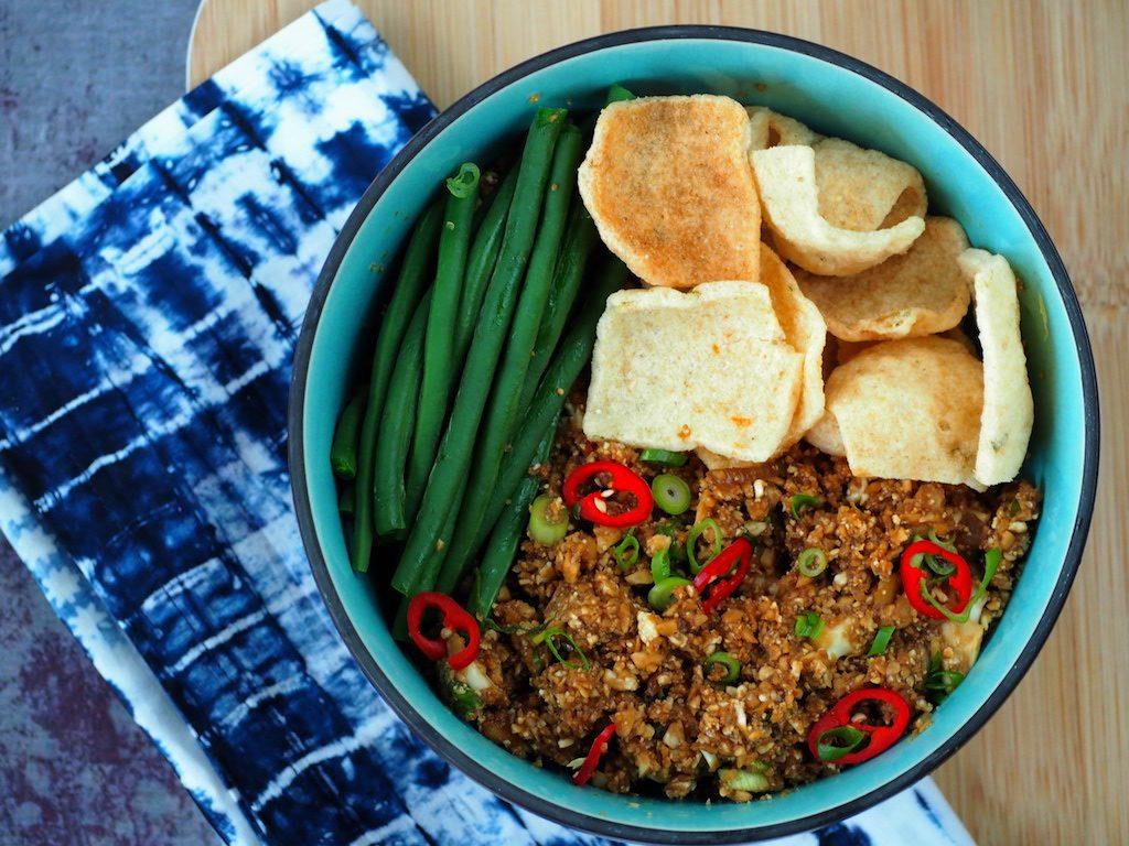 Nasi met bloemkoolrijst (verrassend simpel)