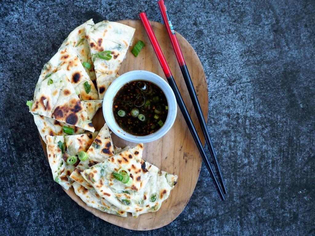Hartige Chinese pannenkoekjes met lente ui