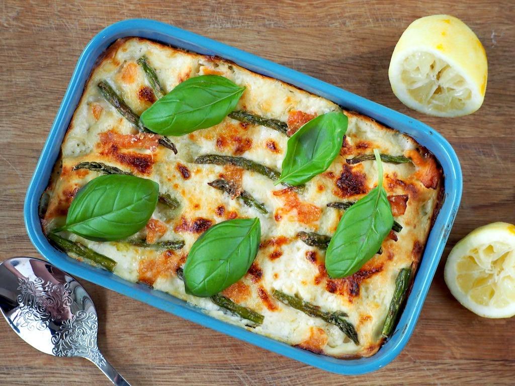 Romige lasagne met zalm en groene asperges