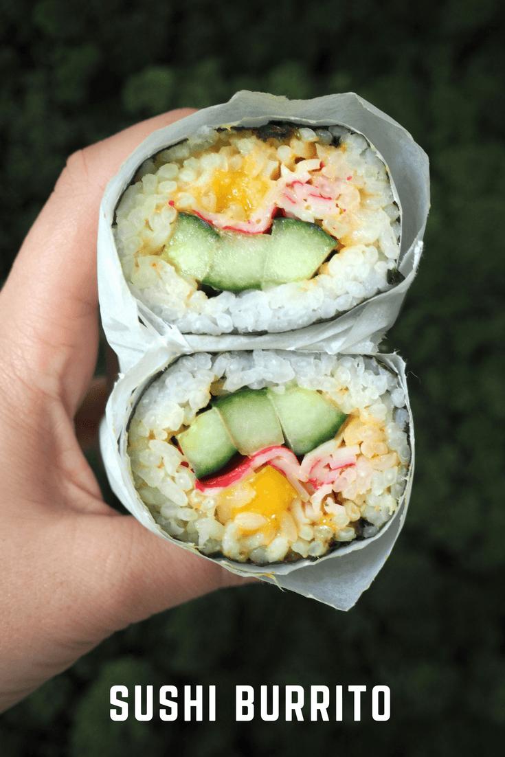 Sushi Burrito met surimi, komkommer en mango!