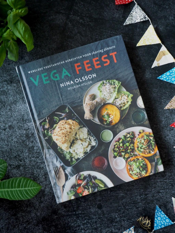 Vega Feest met het kookboek van Nina Olsson
