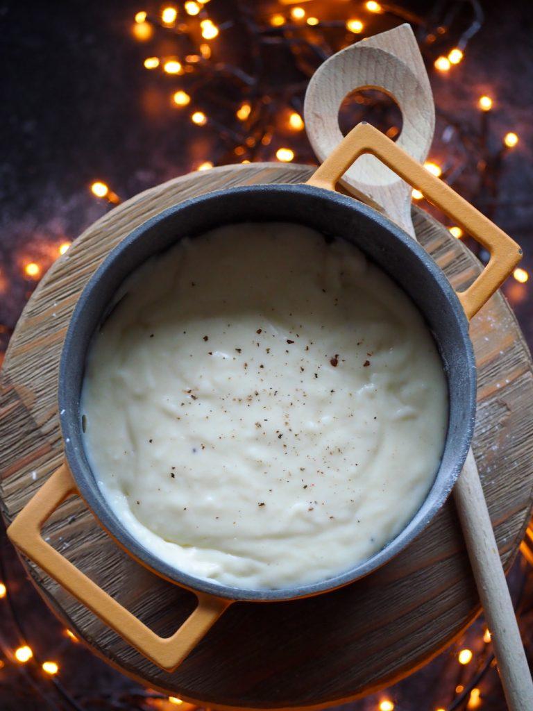 Zo maak je bechamelsaus (witte saus)