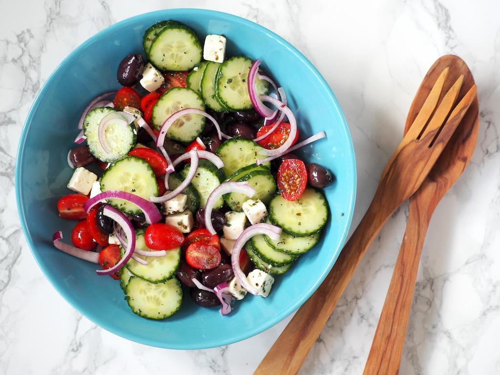 Griekse salade in al zijn eenvoud